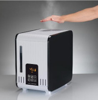 Air-O-Swiss S450 Is a Boiler Style, Warm Mist Humidifier But Won't Burn