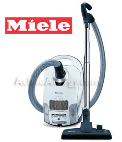 Miele Luna S4580 Canister Vacuum