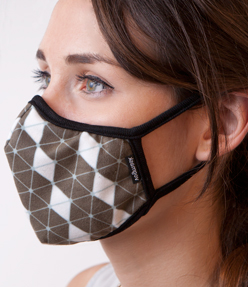 Allergy Masks are a Simple Yet Effective Way to Block Ragweed Pollen