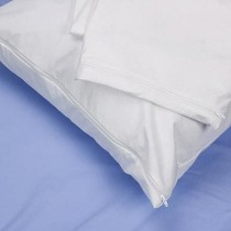 BedCare™ Economy Zippered Pillow Covers